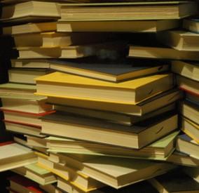 Books-284x275