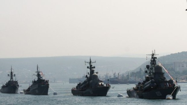 Russian warships gathering off Syria waters to deter West: Report
